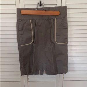 Women's GAP maternity skirt